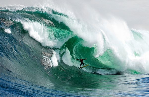 VICE: Big Wave Surfing in Mexico
