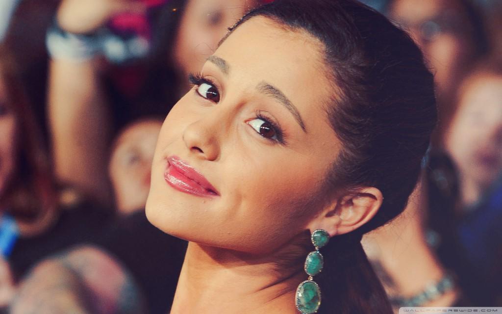 Ariana-Grande-image