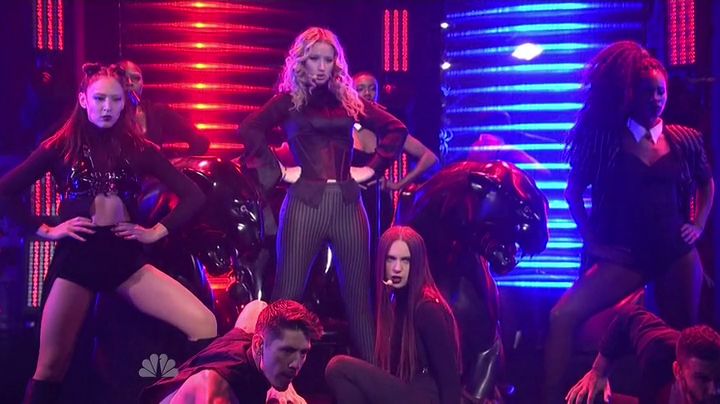 Watch: Iggy Azalea- 'Beg For It' ft. MØ ( Live SNL)