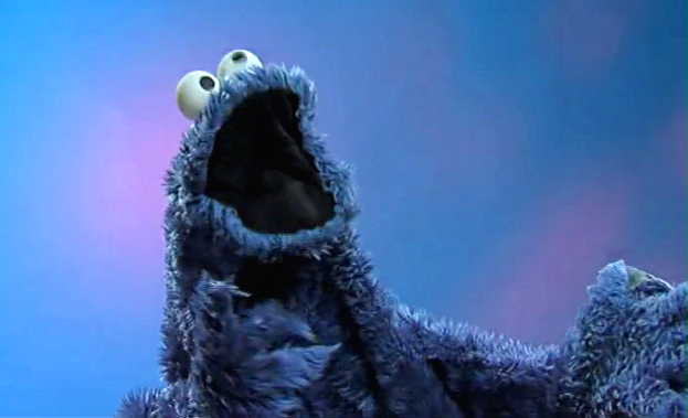 "COOKIE MONSTER SINGS ""FADE INTO YOU"" (Mazzy Star Cover)"
