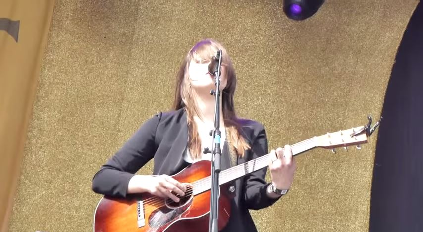 Watch First Aid Kit Cover Black Sabbath´s War pigs!