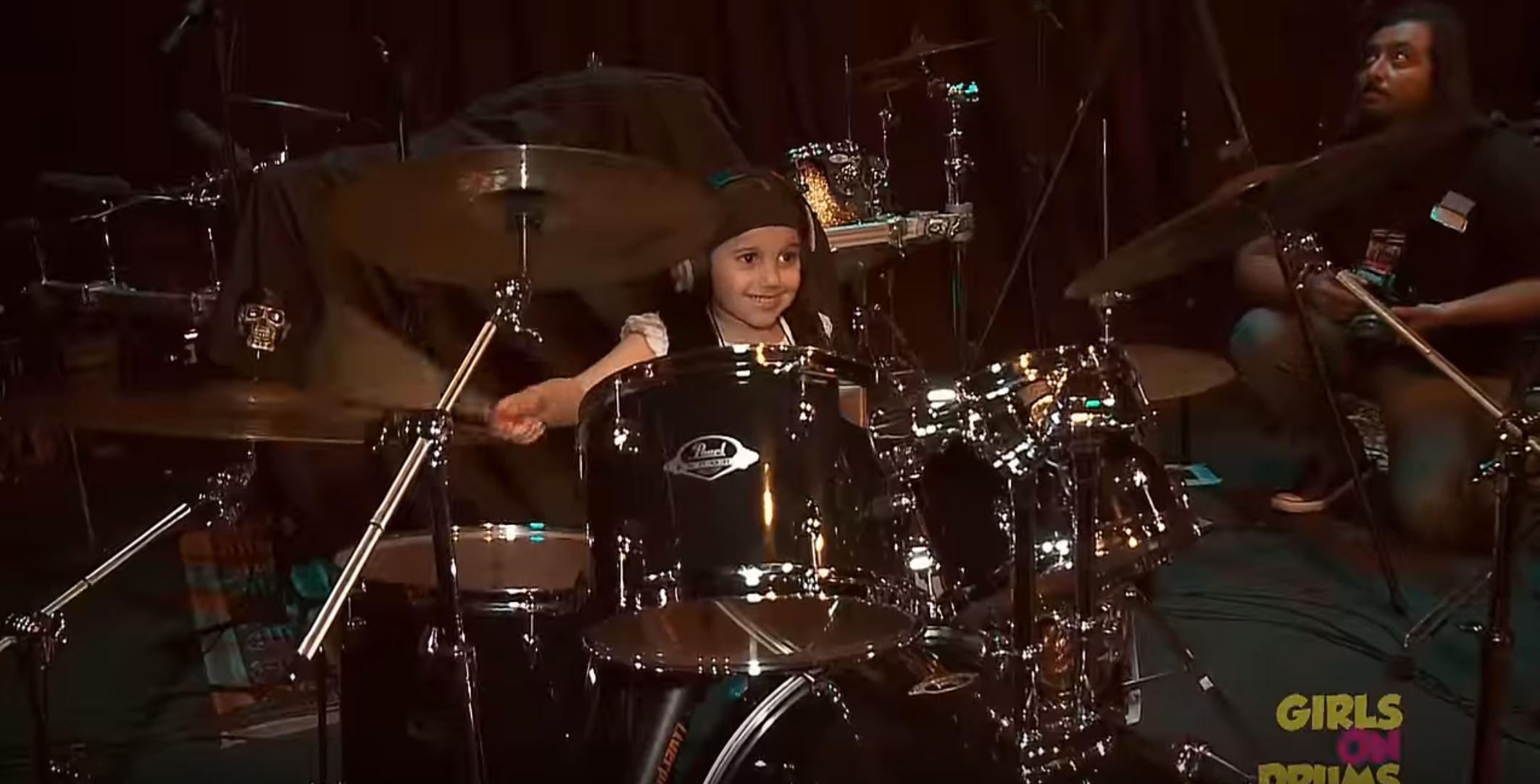 Woah, Watch this 5 years old cover Drums Of System Of A Down´s - Chop Suey""