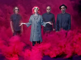 Listen to the new Garbage Track 'Empty'