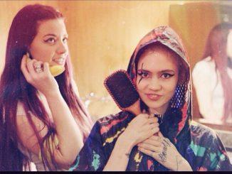 Grimes Perform On Fallon With Hana