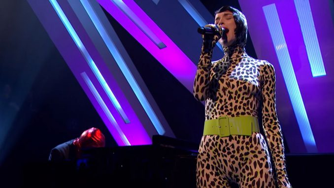 Watch St. Vincent In A Catsuit Performing At Jools Holland