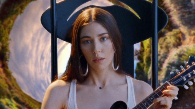 Caroline Polachek (Chairlift, Ramona Lisa) Drops New Song & Video - 'Door'