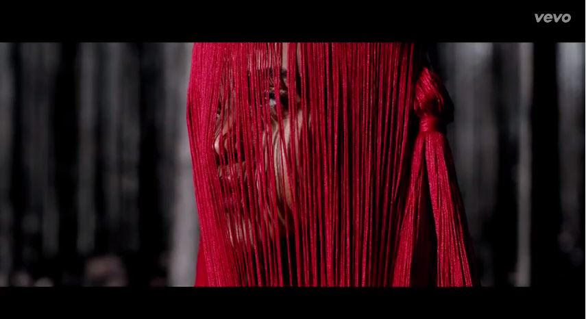 Check out excellent Seinabo Sey - 'Pistols At Dawn' New Video!