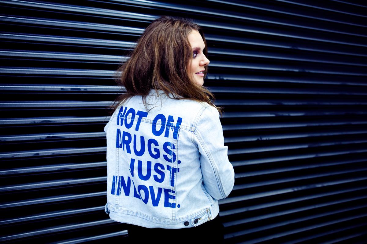 "Watch Tove Lo: ""Talking Body"" On David Letterman"