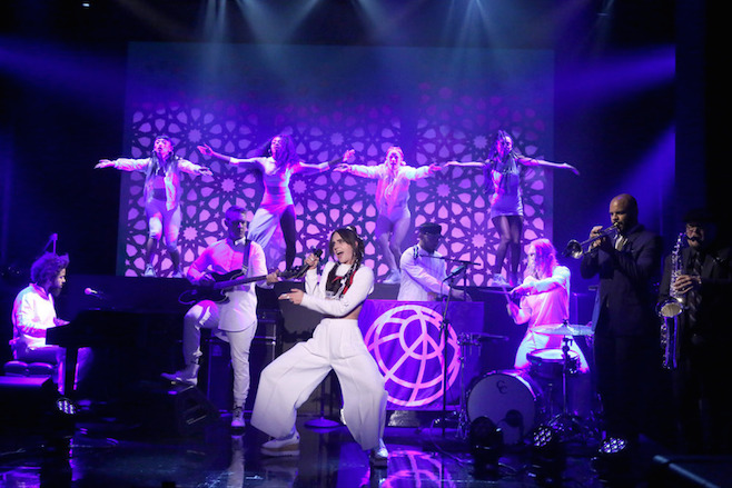 """Watch Diplo brought Major Lazer & MØ put on a great performance of """"Lean On"""" at Jimmy Fallon"""