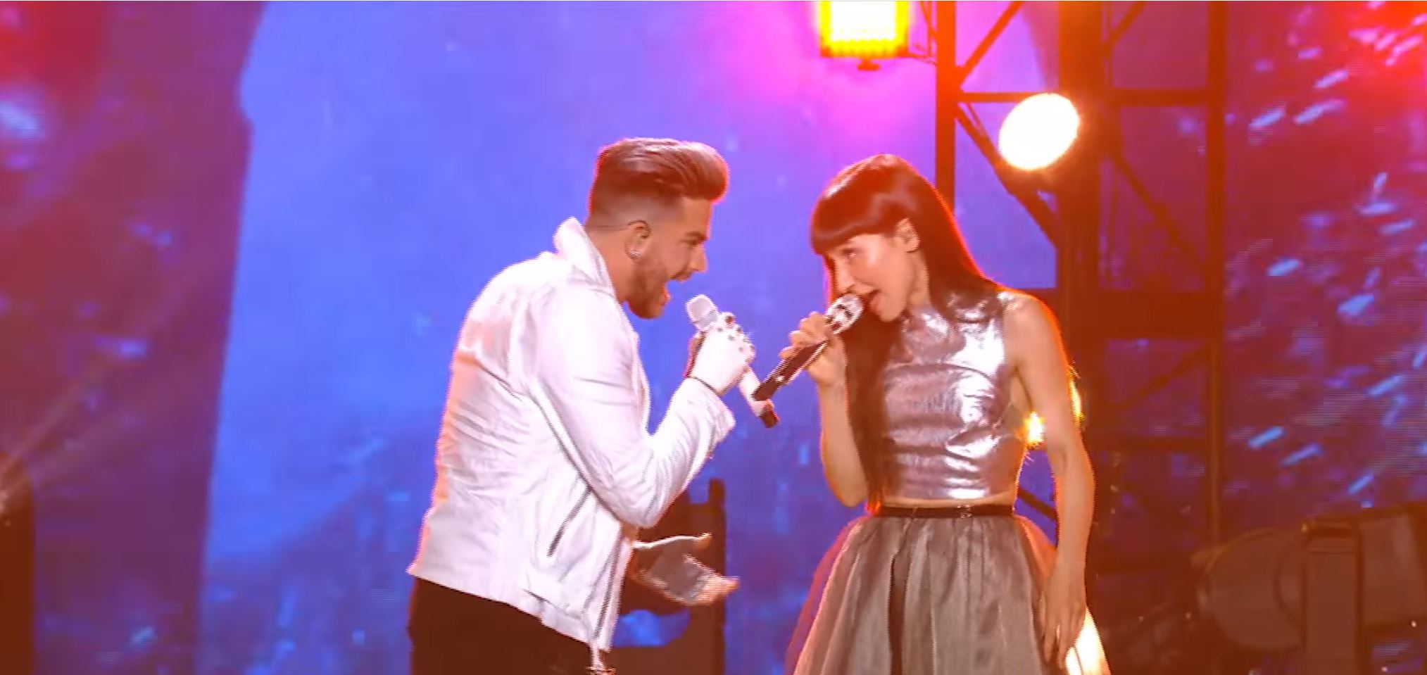 """Adam Lambert Performs """"Welcome to The Show"""" feat. Laleh On AMERICAN IDOL"""