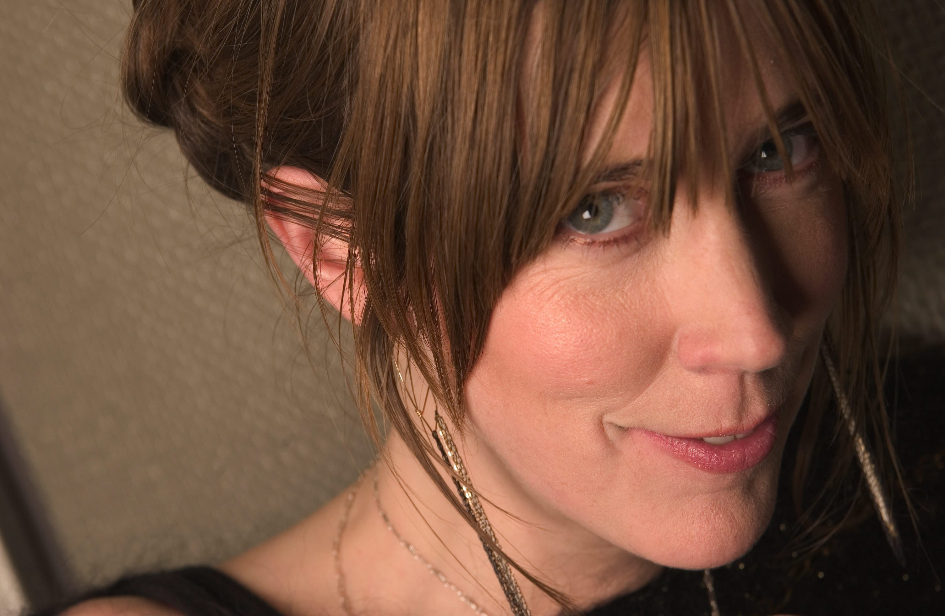 Listen to the new single from Beth Orton 'Moon' from her upcoming album