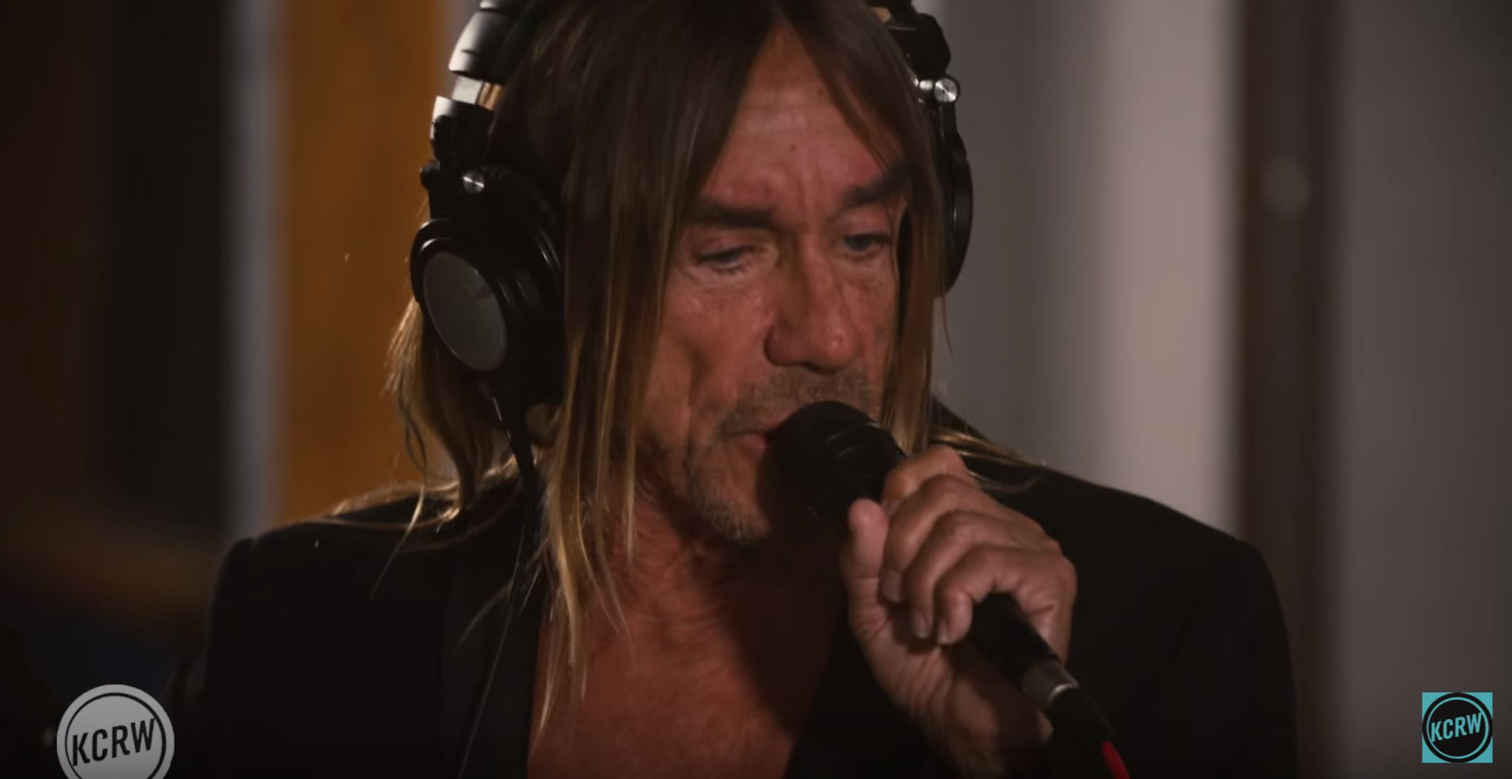 See Iggy Pop´s Live Performance on KCRW