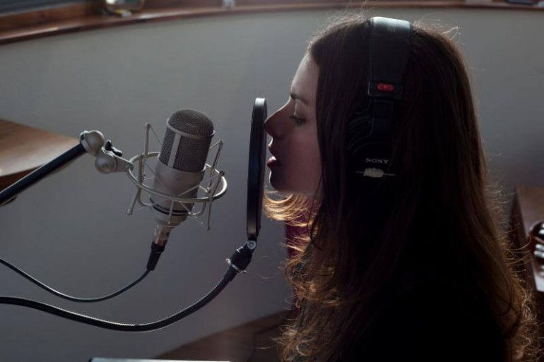 "Listen To Massive Attack & Hope Sandoval New Track ""The Spoils"""